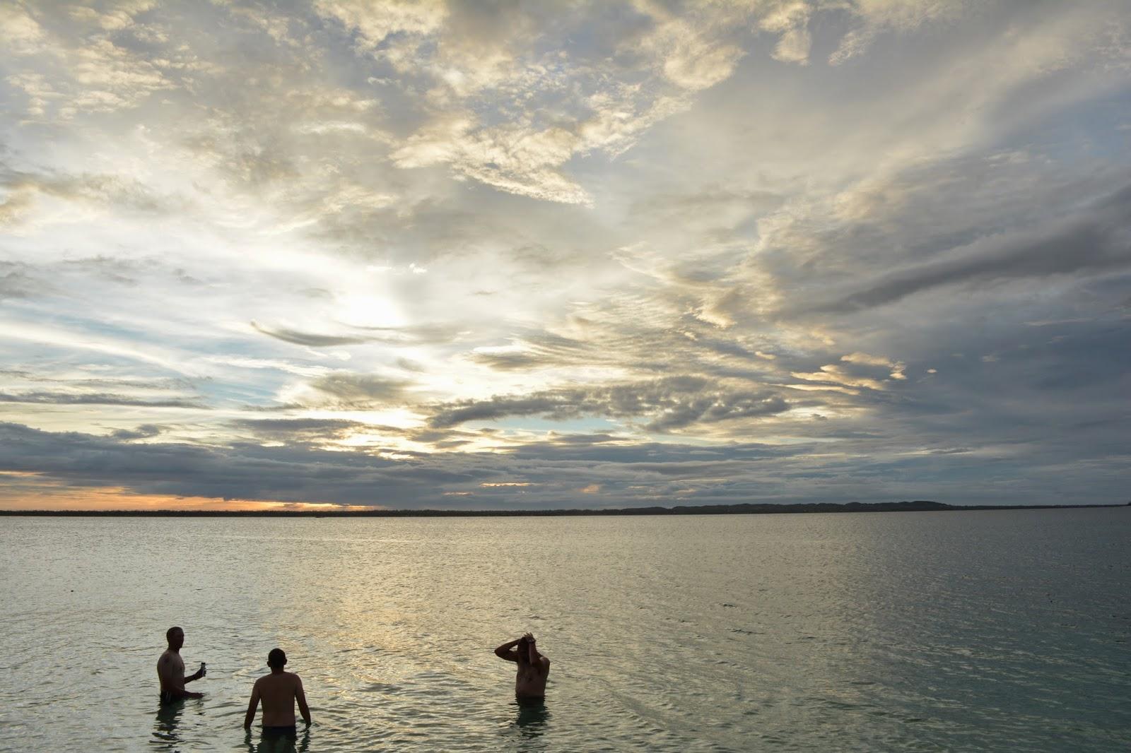 Bathing, Philippines, Missionaries