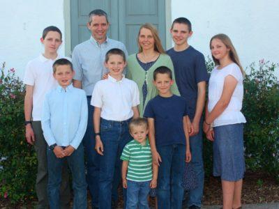 Hinckley Family - Bio Page