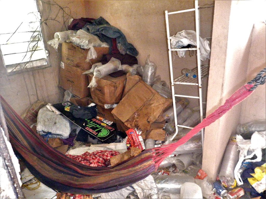 Nelson's bedroom-w